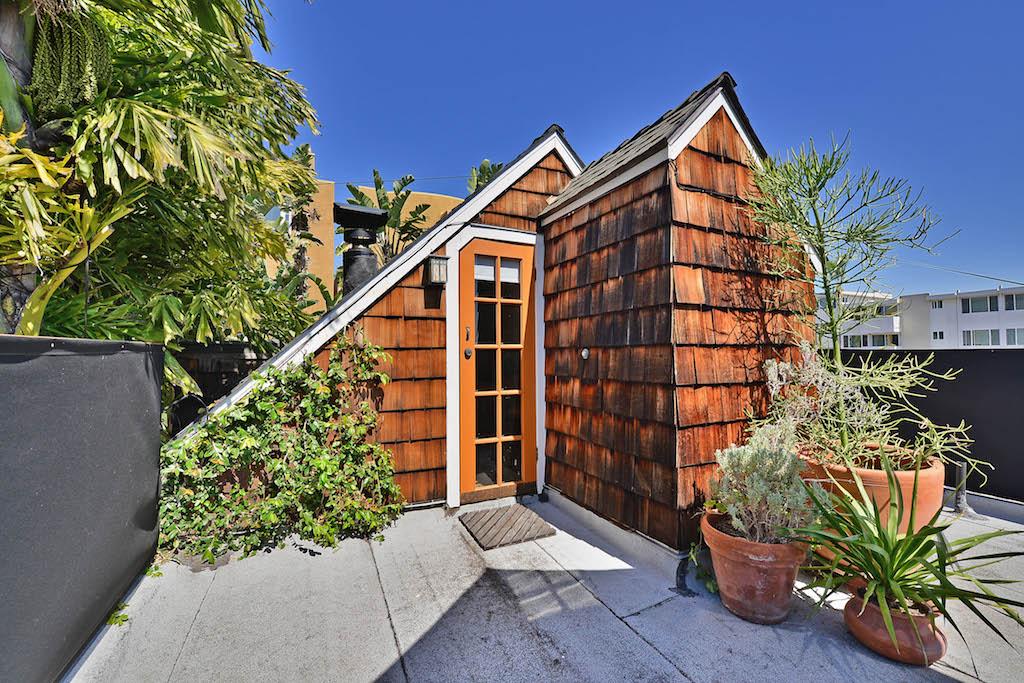 San Diego Furnished Cottages