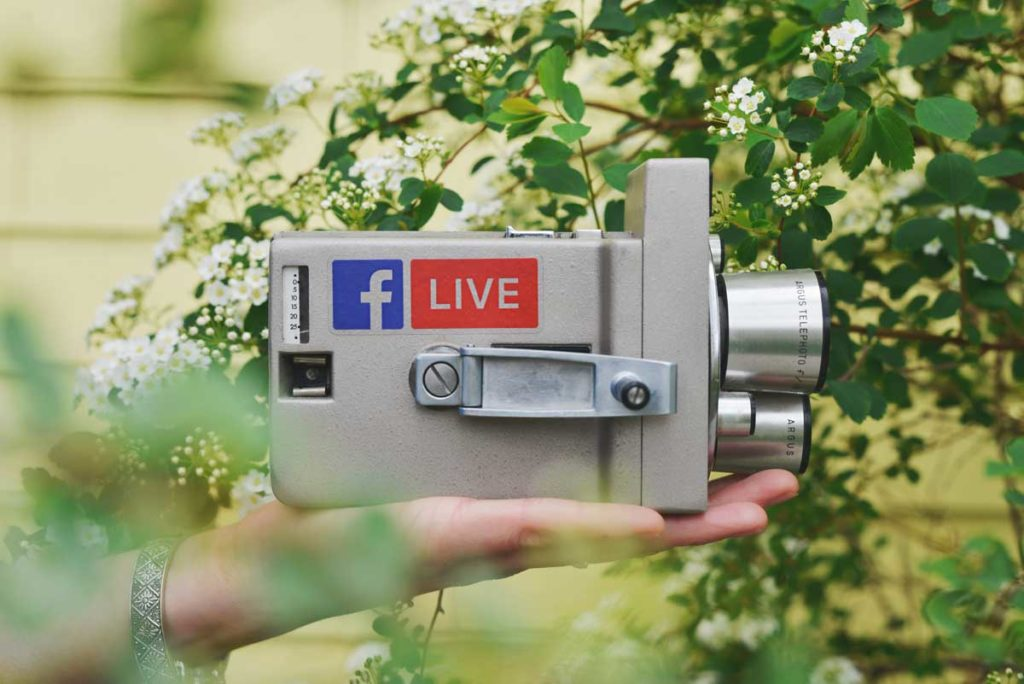 A Simple 15-Minute Guide to Amazing Facebook Live Videos